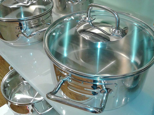 stainless steel pain to make soap